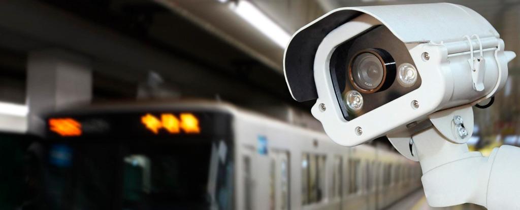 камера в метро
